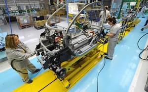 Renault insta els sindicats a negociar més flexibilitat per invertir a Espanya