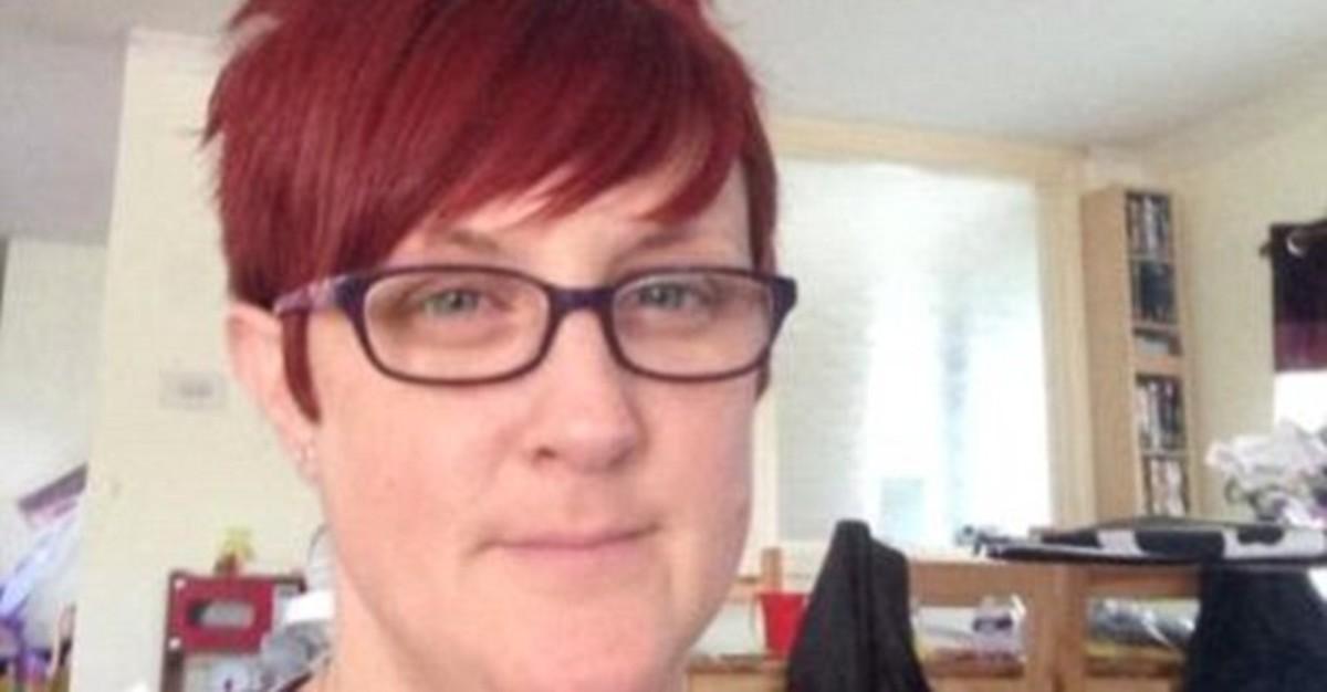Facebook delata a una esposa bígama en el Reino Unido