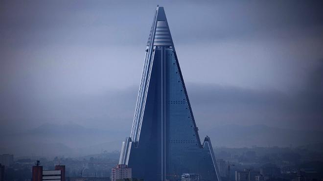 Resultado de imagen para el hotel ryugyong