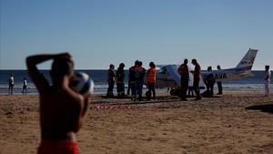abertran39533261 a plane landed in sao joao beach killing two people in cos170803092542