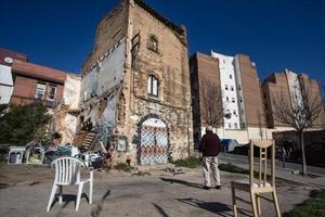 La Torre del Moro o Mas Enrich, entre las calles de Jerez y Coimbra, un edificio que los vecinos quieren recuperar.