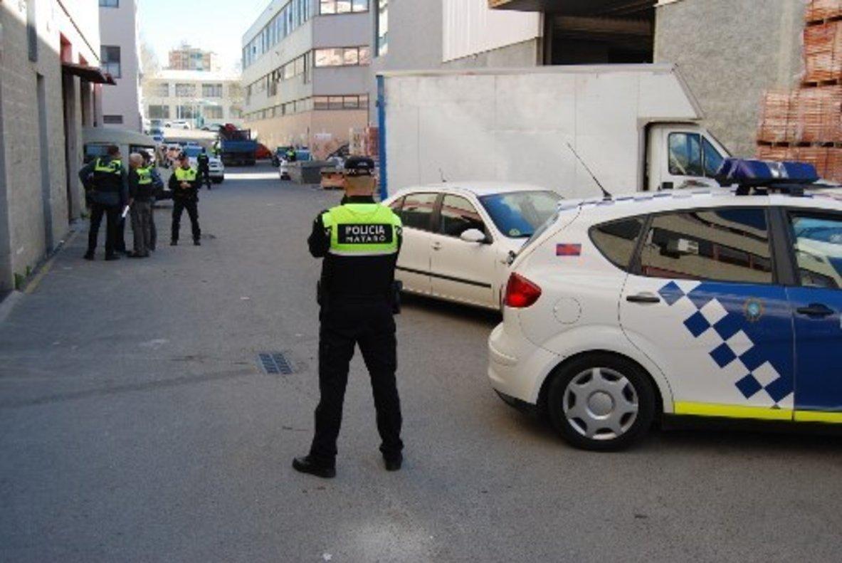 Policies locals de Mataró, sobre independentistes: «Doneu-me un parell metralletes i s'acaba el problema»