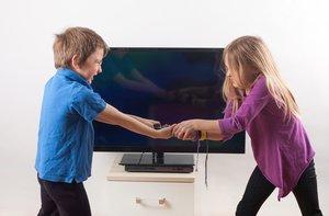 El meu fill pega altres nens: quatre consells per solucionar-ho