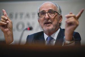 El presidente de Repsol, Antoni Brufau, en la Universitat de Barcelona.