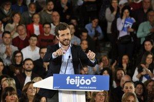El presidente del PP, Pablo Casado, interviene en un acto de celebración de los 11 años de presidencia en Galicia de Alberto Núñez-Feijóo, en Orense (Galicia) a 1 de marzo de 2020.