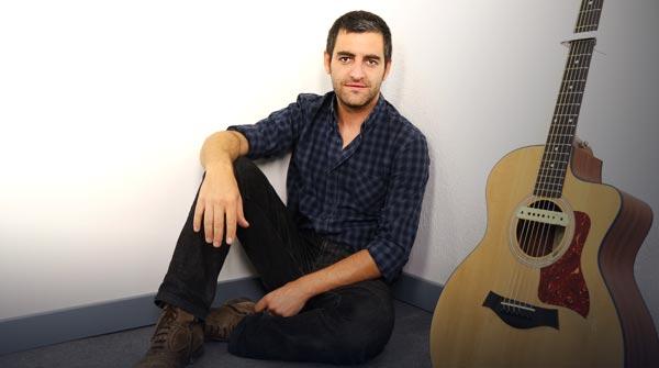 L'artista interpreta 'Jo mai, mai' en exclusiva per a EL PERIÓDICO.