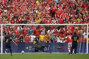 El Madrid guanya en els penals després d'empatar amb dos gols en tres minuts