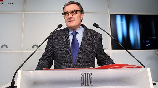 El alcalde de Lleida renuncia a su escaño para no romper la disciplina de voto del PSC