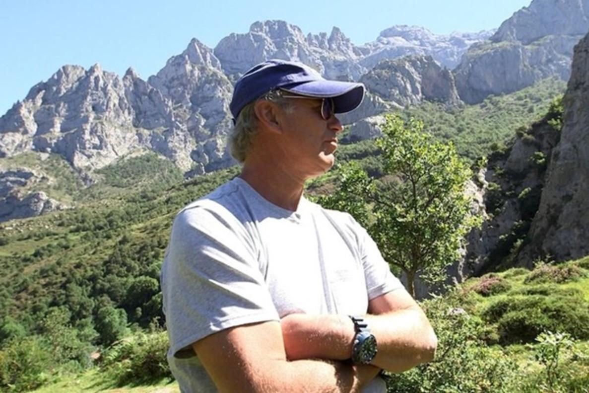 Bertín Osborne se enfrenta al vértigo de los Picos de Europa en 'Planeta Calleja'