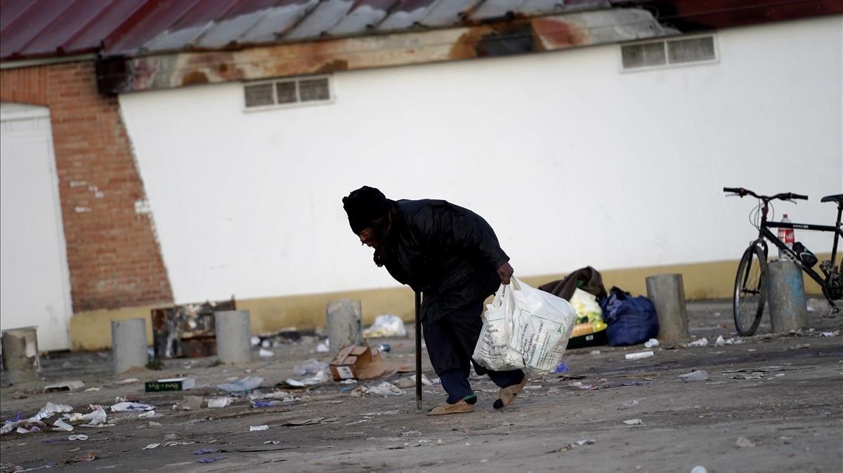 La apodan 'Mami', es adicta a la heroína y lleva 10 años en La Cañada.