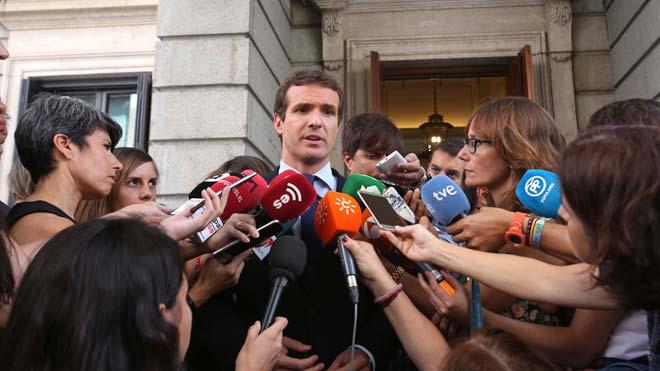 """Casado rebutja qüestionar Montón: """"No faré el que van fer amb mi"""""""