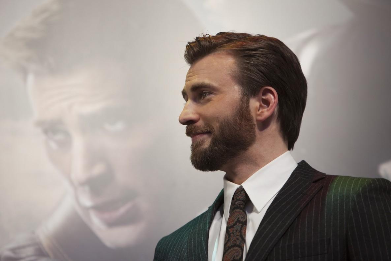 Evans se ha convertido en una estrella mundial gracias a su papel de Capitán América en el universo cinematográfico de Marvel.