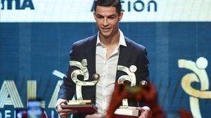 Cristiano Ronaldo prefirió acudir ayer a la Gala del Fútbol Italiano, que a la del Balón de Oro.