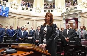Cristina Fernández de Kirchner jura como senadora en el Congreso argentino, el pasado 29 de noviembre.