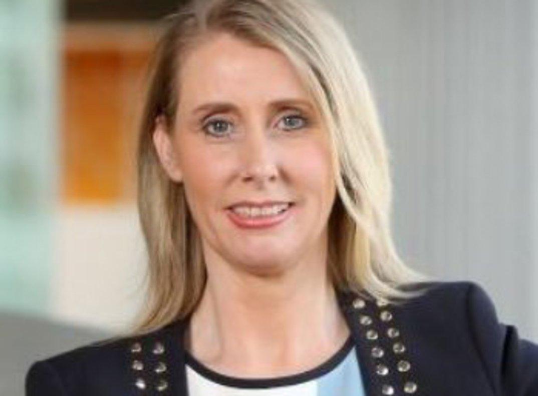 Debbie Crosbie, consellera delegada de TSB, filial britànica del Sabadell