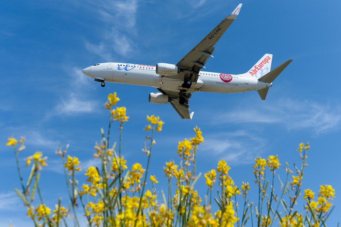 Un avión de Air Europa, a punto de aterrizar.