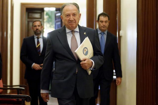 El director del CNI, Félix Sanz Roldán, tras una comparecencia en la comisión de gastos reservados, en una imagen de archivo.