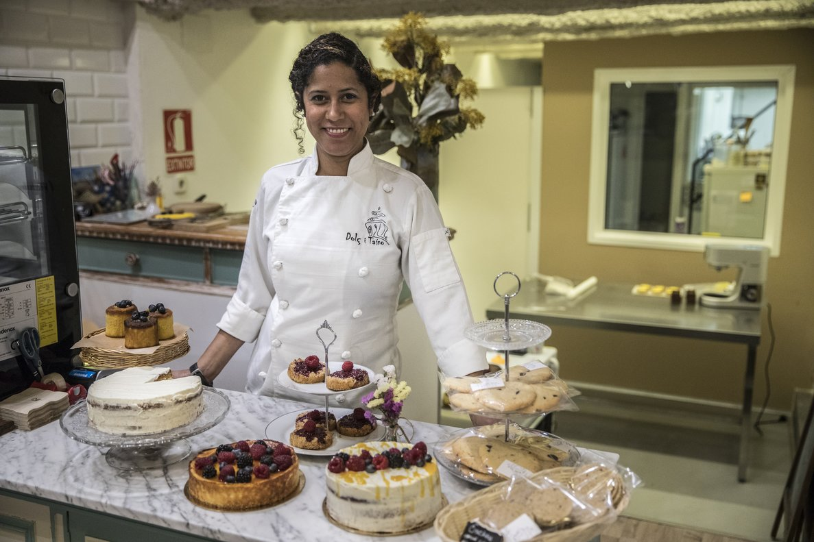 Vicky Encarnación, dueña de la pastelería Dolç i Taíno.