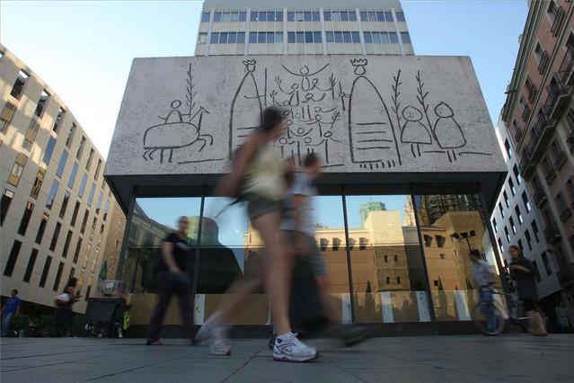 Fachada del Col·legi d'Arquitectes de Catalunya en Barcelona.