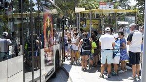 Un bus llançadora connectarà la plaça d'Alfons X amb el parc Güell