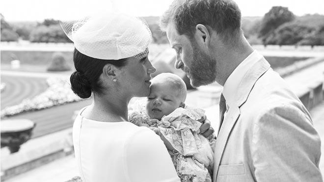 Harry y Meghan bautizan a su hijo Archie en un ceremonia íntima.