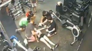 El fil viral sobre què fer si algú es desploma al gimnàs