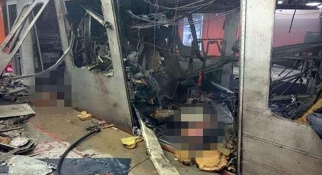 Imágenes del diario Le Soir del interior del metro tras el atentado de Bruselas.