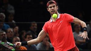Khatxànov sorprèn Djokovic en la final de París-Bercy