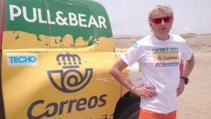 Jesús Calleja con su coche en el Rally Dakar 2019.
