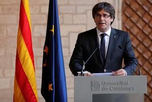 El president Carles Puigdemont, durante su comparecencia en el Palau de la Generalitat.