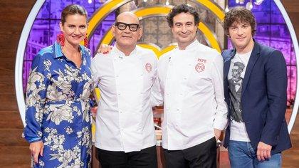 ¿Cuánto mide el chef Pepe Rodríguez? (Masterchef) - Altura: 1,76 Jose-corbacho-con-jurado-masterchef-celebrity-1571769946132