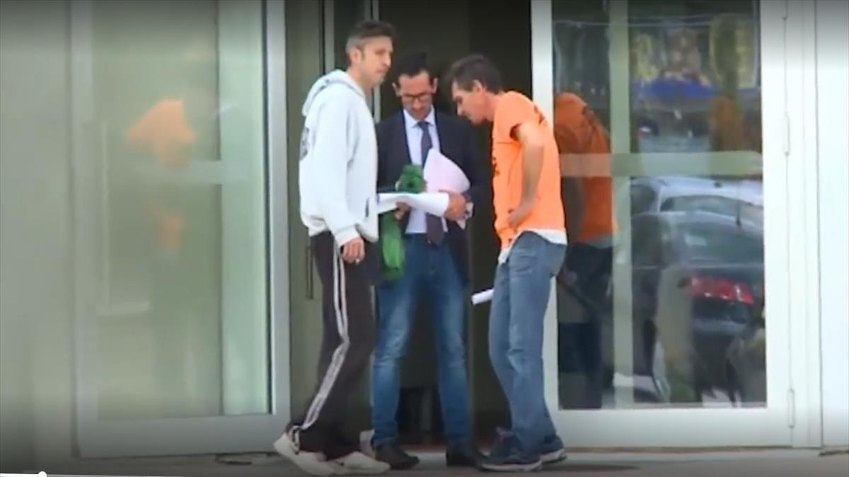 En libertad con cargos dos de los tres acusados de la violación grupal en Murcia.