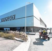 El centro logístico de Mango enLliçàd'Amunt, poco antes de su puesta en marcha.