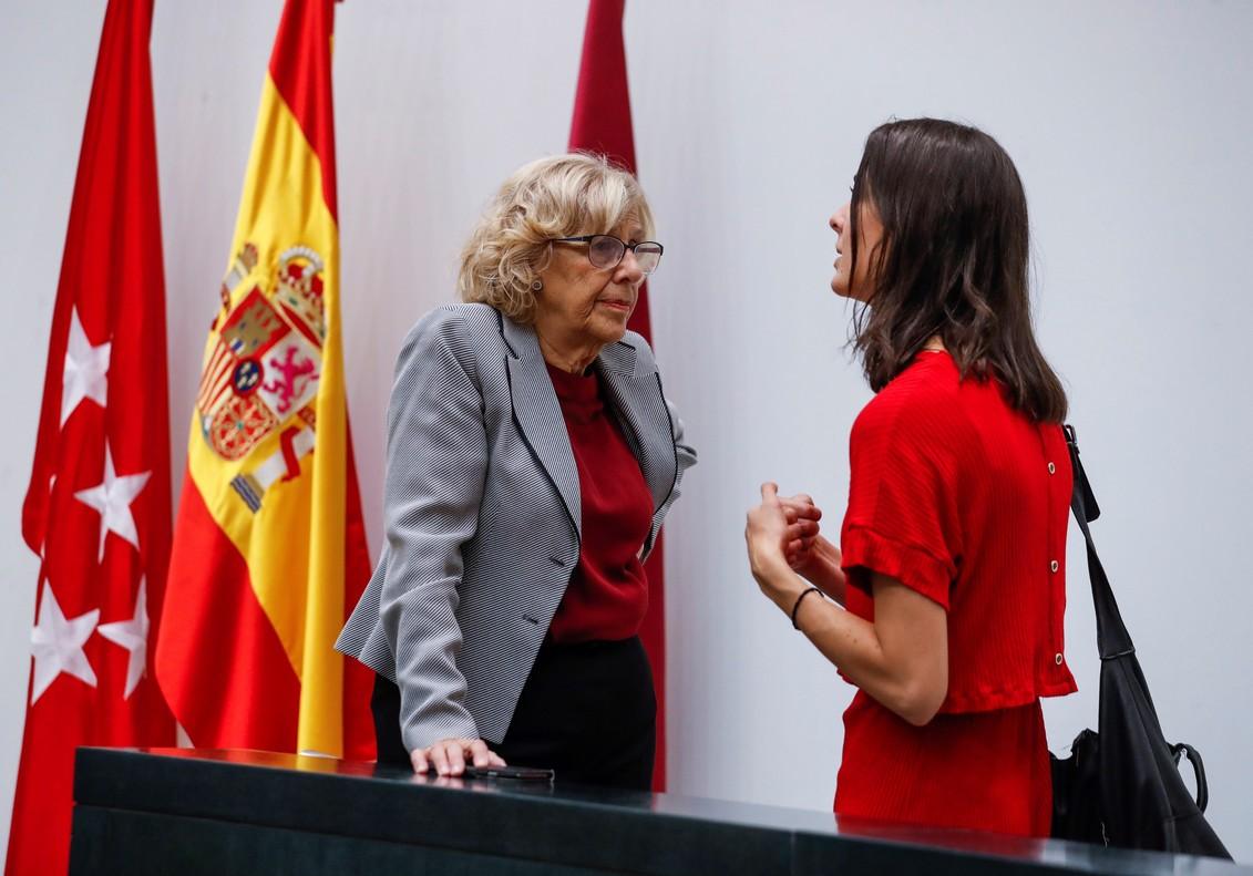 Carmena rechaza apoyar a los alcaldes y funcionarios acosados por el independentismo