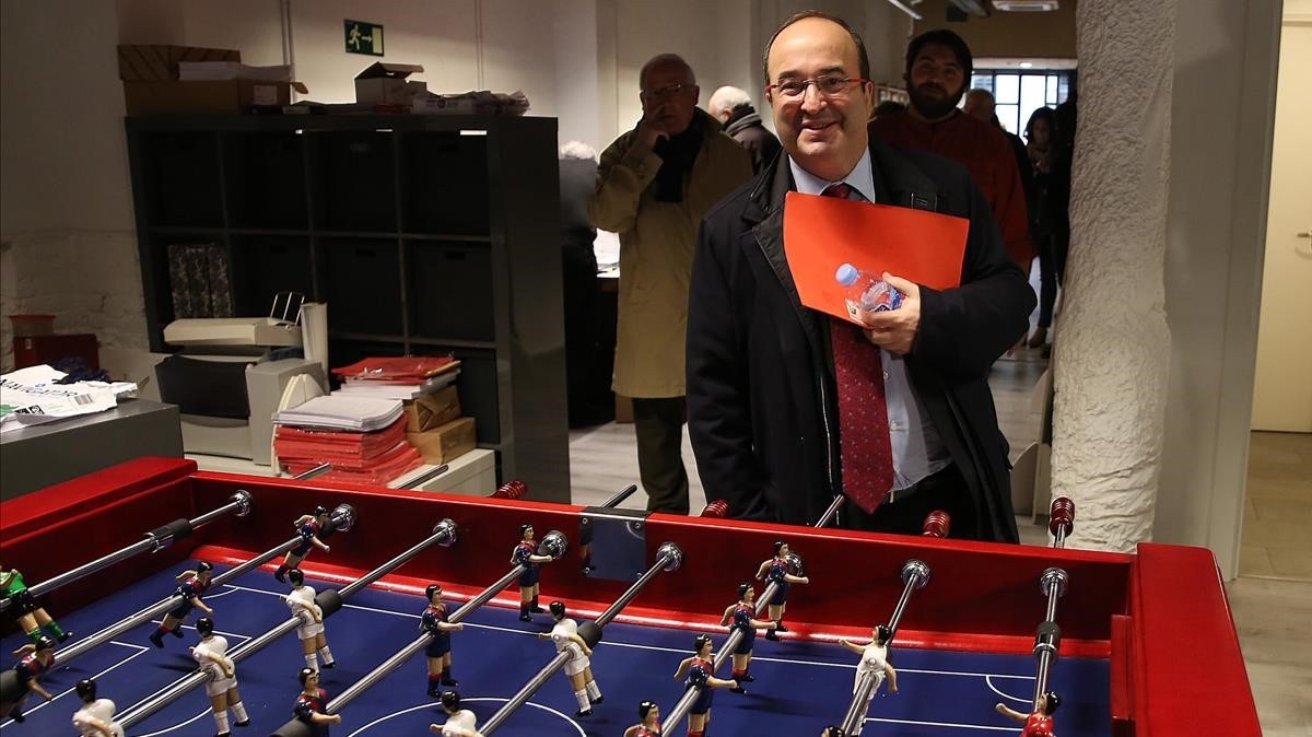 Miquel Iceta a su llegada ala sede del PSC.