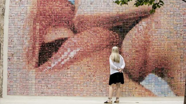 Mural de Joan Fontcuberta en Barcelona.