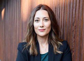 Natalia Dominguez recomienda planificar el futuro económico con planes de inversión privada.