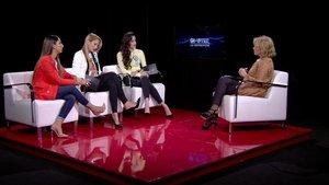 Noemí, Alba y Adara entrevistando a Mila Ximénez en 'GH VIP 7'.