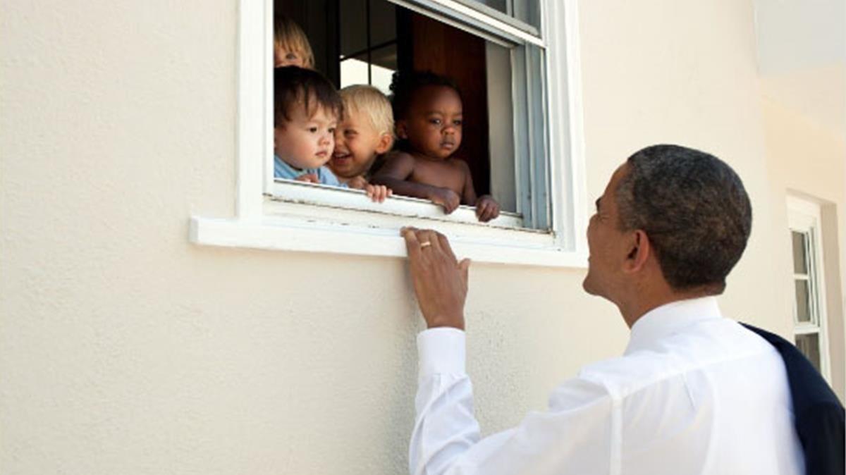 Obama, en la foto con la que acompañó a su tuit.