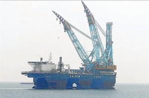 Obras de construcción del Medgaz en la costa almeriense.