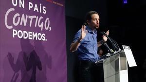 Pablo Iglesias comparece en rueda de prensa el día después de las elecciones generales.