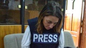 La periodista Ana Alba, durante la realización de un reportaje en Gaza en el año 2012.