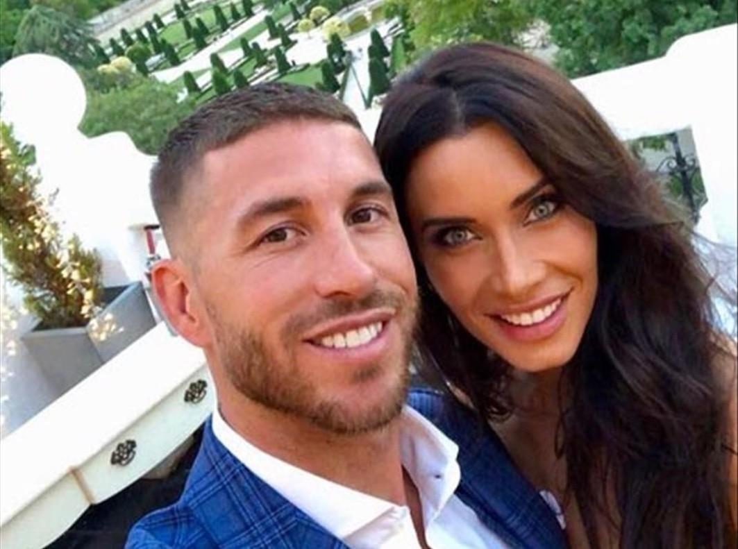 Pilar Rubio y Sergio Ramos anuncian en Instagram que se casan.