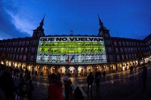 La Comunidad de Madrid investigará la proyección de los 'papeles de Bárcenas' en la plaza Mayor