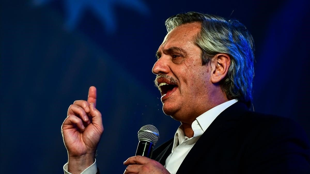 El presidente electo de Argentina, Alberto Fernández, durante la celebración del triunfo en Buenos Aires, este domingo.