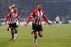 El PSV Eindhoven llegó a 64puntos