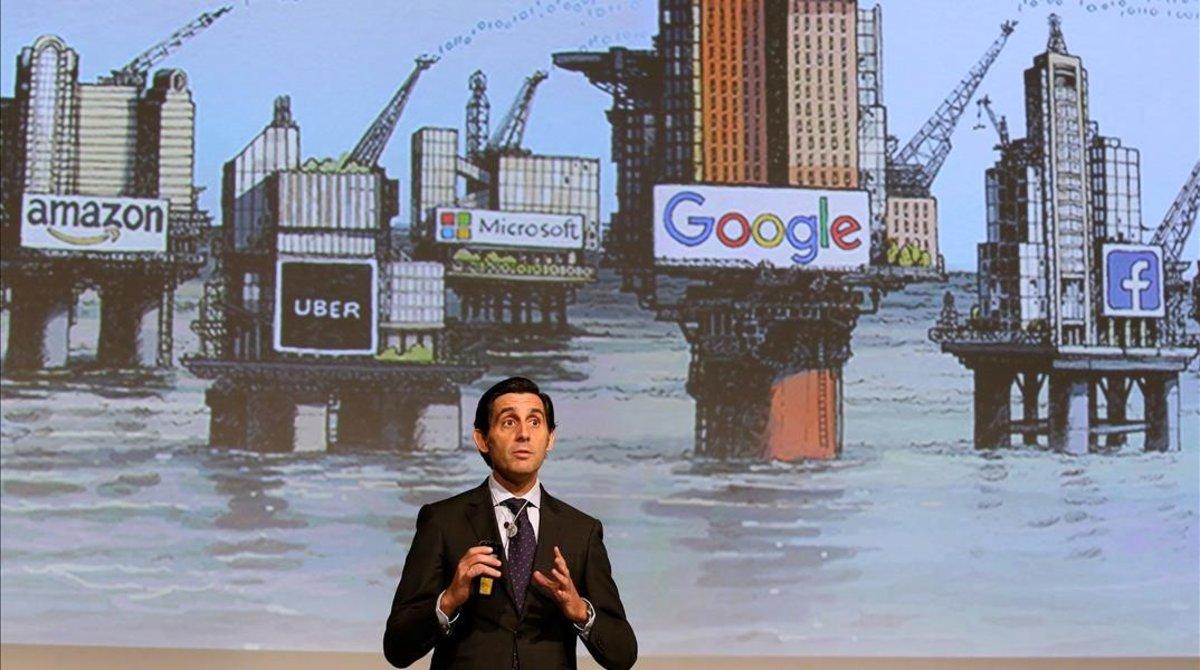 Duel de 'lobbies' empresarials per la 'taxa Google'