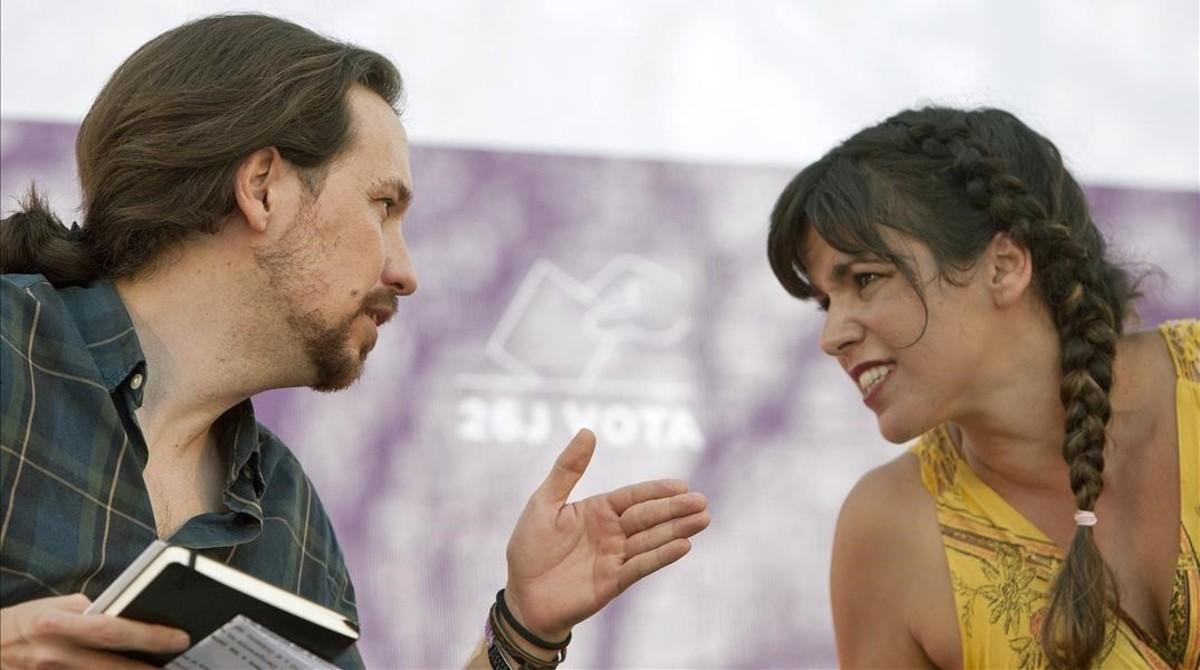 El secretario general de Podemos, Pablo Iglesias, y la líder andaluza, Teresa Rodríguez.