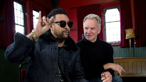 El músico británico Sting y el cantante jamaicano Shaggy, durante la entrevista con motivo de la presentación de su nuevo álbum 44/876.