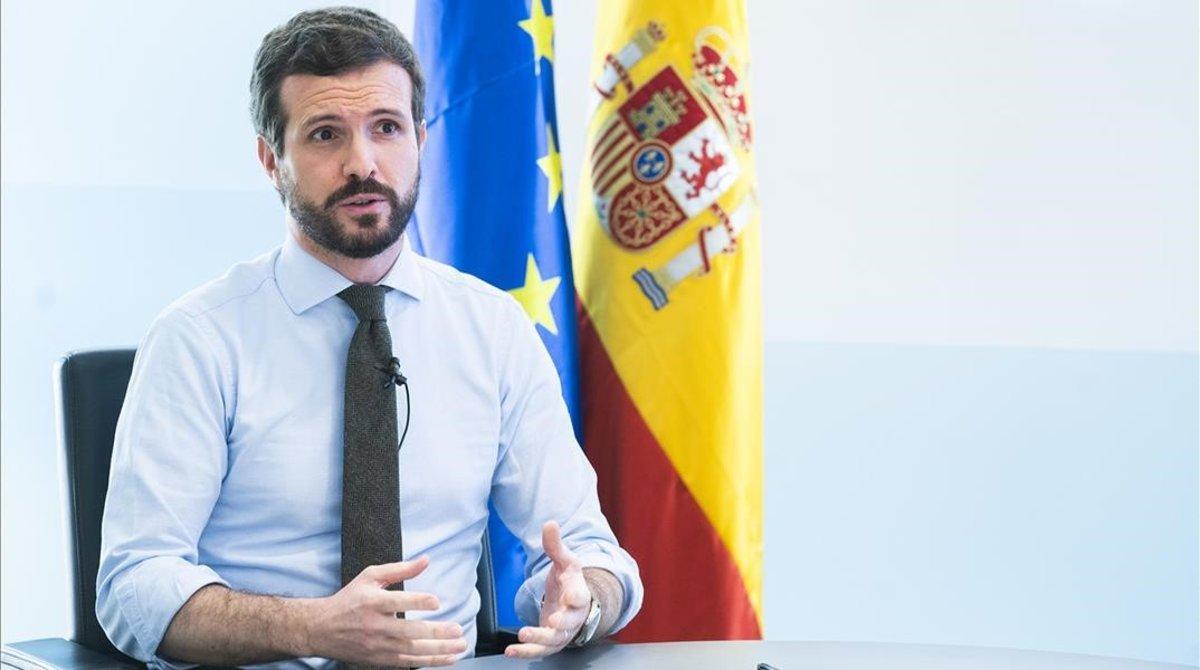 Pablo Casado, este viernes, durante el discurso que ha pronunciado tras la reunión con los dirigentes del PP.